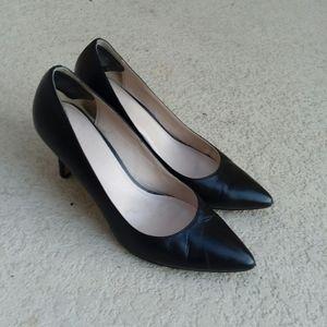 COLE HAAN Black Leather Pump Heels Shoes Size 9